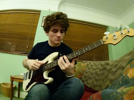 Bass lesson (1 hour)