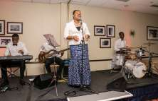 Seiyefa at your event with her live band